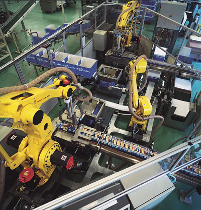 FANUC robot M-420iA biscuit packaging