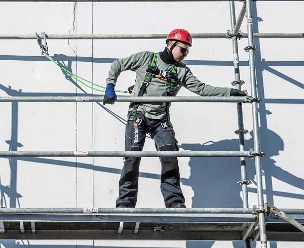 HSP2528 - Miller H-Design scaffolding application pic LR_maly