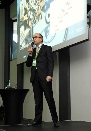 Jacek Łukaszewski_Schneider Electric stawia na partnerów i innowacje_m