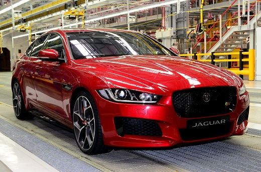 Jaguar XE_launch_017_m