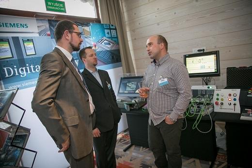 Konferencja_Automotive_2015_stoisko_Siemens_m
