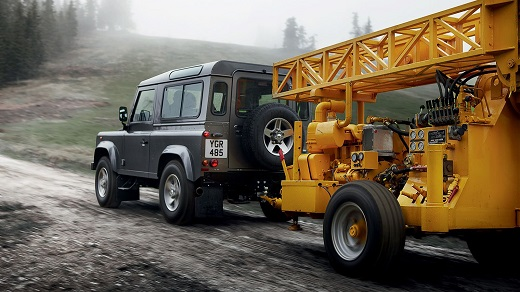 Land Rover Defender_m