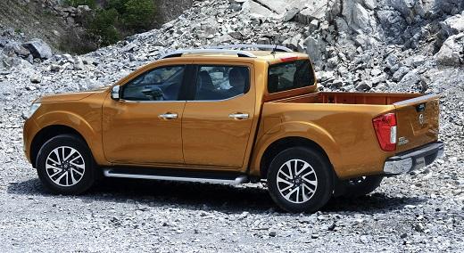 Nissan Navara_m