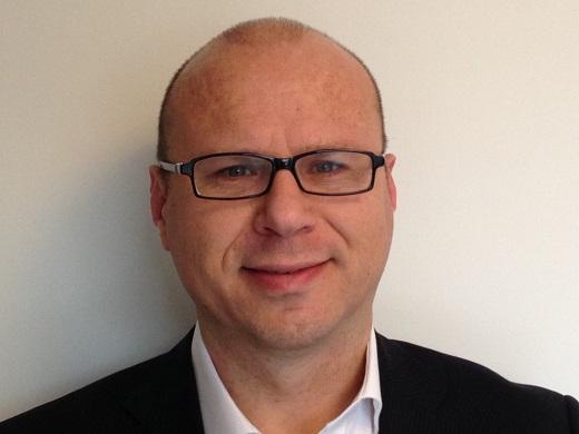 Patrick Groot Nuelend_Zebra Technologies_m