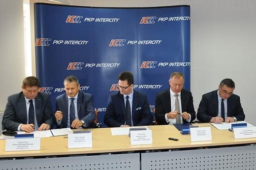Podpisanie listu intencyjnego Wspólny projekt badawczo-rozwojowy PKP Intercity i PESA Bydgoszcz_m