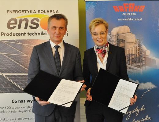 Podpisanie_umowy_o_wsp_pracy_z_firm_Ensol_12_m
