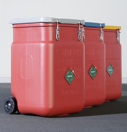 Tücher der Qualität MEWATEX PLUS® werden in dem speziell von MEWA entwickelten Safety Container SaCon® sicher gelagert und transportiert.