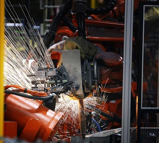 Maggie 17122013 Uusikaupunki Uudenkaupungin autotehdas tekee A-sarjan mersuja. Power, ABB Suomen asiakaslehti 1/2014