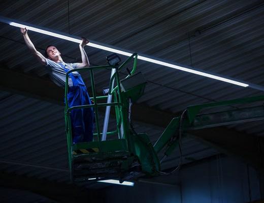 Oświetlenie Stanowisk Pracy Główny Mechanik