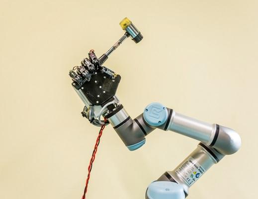 UR Przykład zastosowania dłoni robotycznej i UR3_m